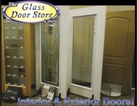 tampa-showroom-interior-doors-and-miniblinds-between-the-glass